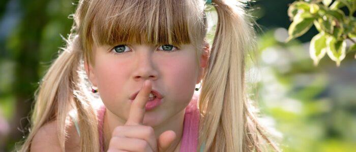 Jak rozmawiać z dziećmi o koronawirusie? Psycholog radzi