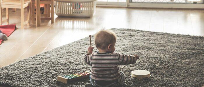 Gry i zabawy z dzieckiem w domu